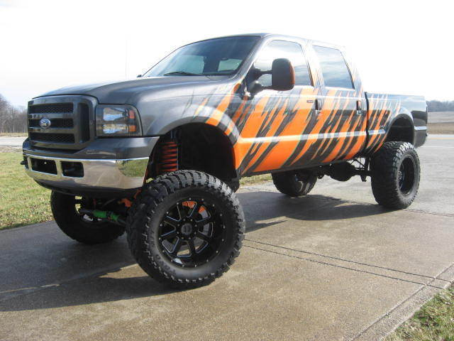 Bad ass 2005 Ford F-250 XLT Lariat Monster with Cummins Diesel Conversion