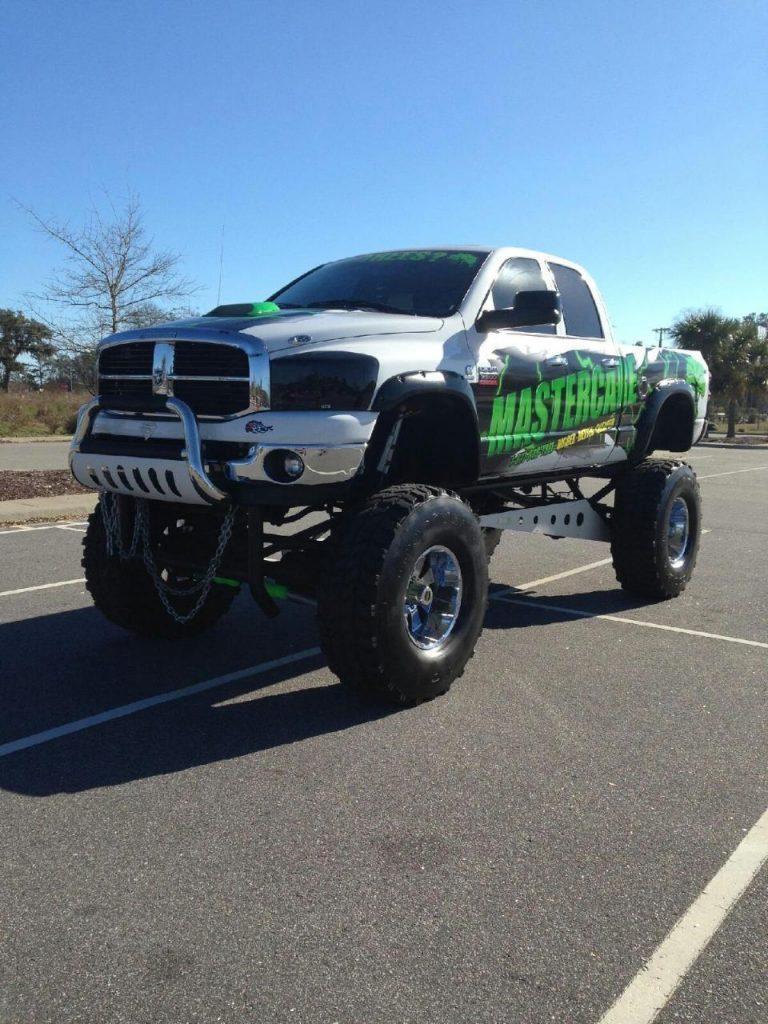 Monster Truck 2007 Ram 2500