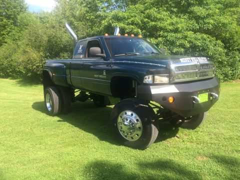 head turner 1998 Dodge Ram 3500 SLT for sale