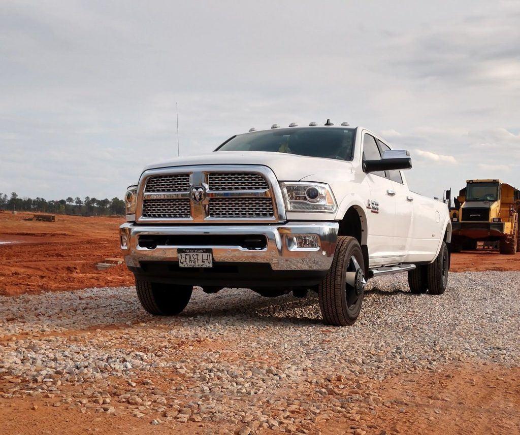 OUTSTANDING 2016 Dodge Ram 3500 laramie