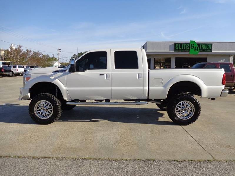 well optioned 2011 Ford F 250 Lariat 4×4 monster