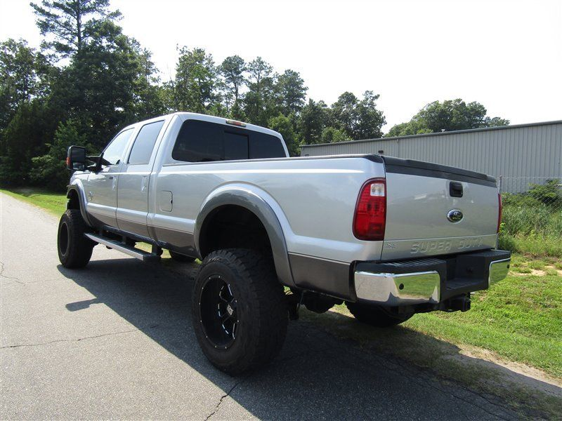great shape 2011 Ford F 350 Super Duty Lariat monster