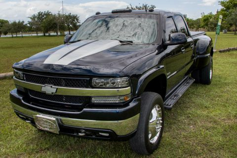 awesome 2001 Chevrolet Silverado 3500 HD Dually monster for sale
