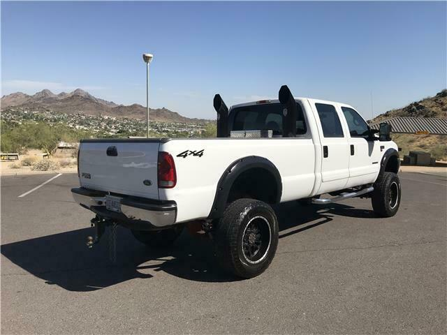 fully reconditioned 2001 Ford F350 Pickup XLT monster