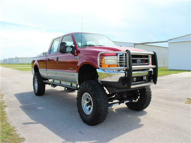 lifted 2001 Ford Super Duty F 250 XLT pickup monster